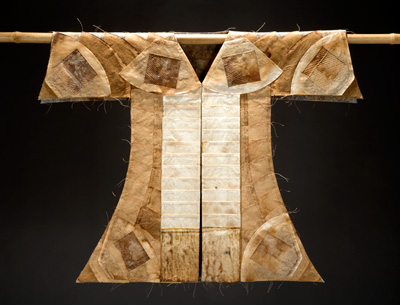 Kimono made from coffee filters 7